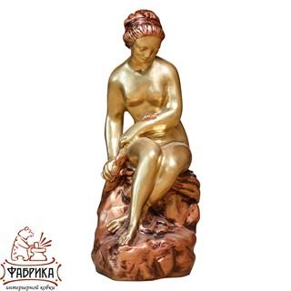 интерьерная фигура девушка со змеем F03001-WG