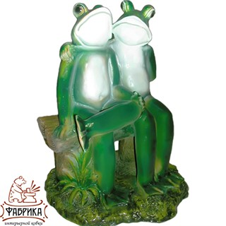 Садовая фигура из полистоуна Лягушки на скамье F01249