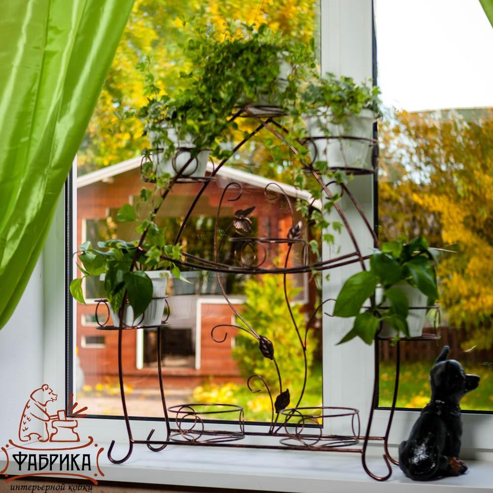 Держатели для цветов за окно