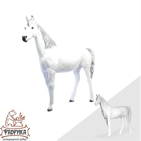 Садовая фигура конь