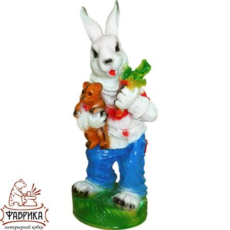 Садовая фигура из полистоуна Заяц с Морковкой F01044