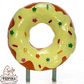 рекламная вывеска пончик
