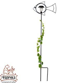Кованая шпалера для вьющихся растений