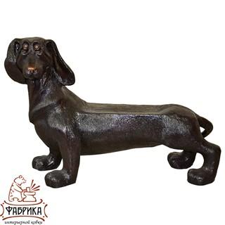 Садовая лавочка собака